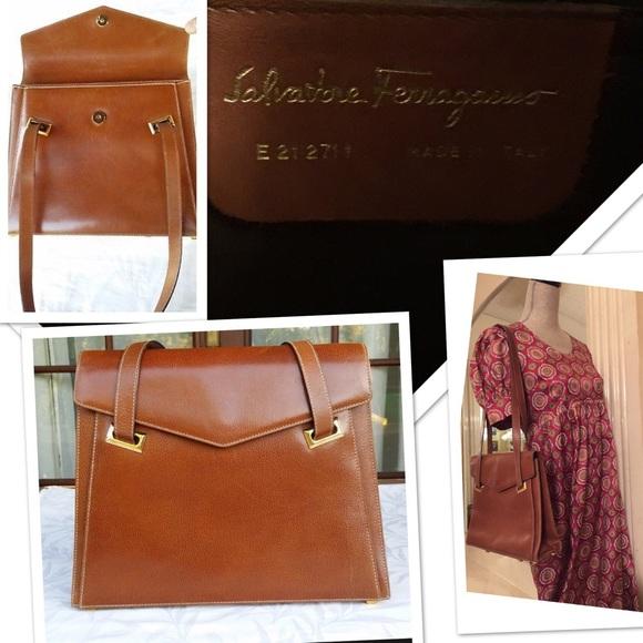 1381f2ecbbb83 Rare UK Salvatore Ferragamo vintage leather bag♥ .  M 5bba19e01070ee65eadcc3f4